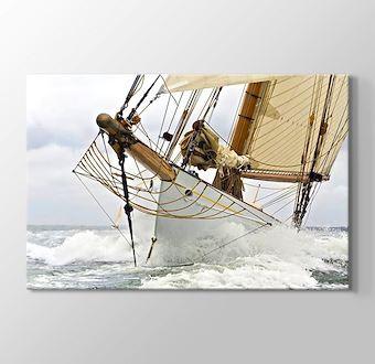Hoist Sail