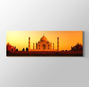 India - Taj Mahal Sunset