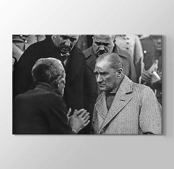 Atatürk - Köylü Milletin Efendisidir